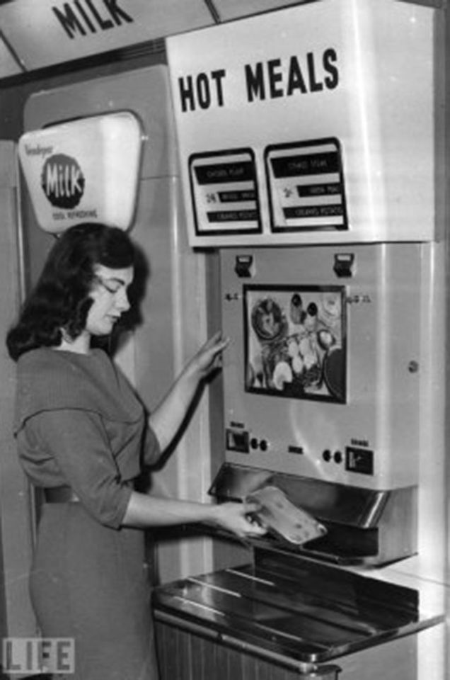 9 Vintage Vending Machines